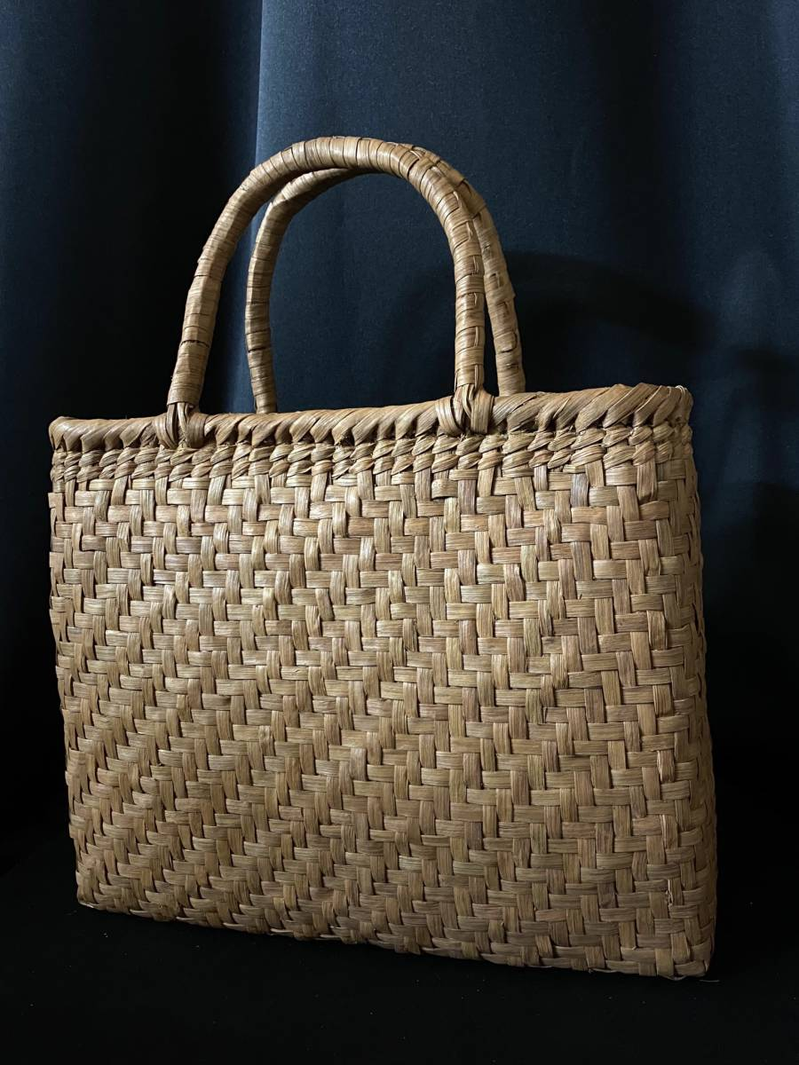特価出品 国産蔓使用 サイズL 匠の技 職人手編み 網代編み 山葡萄籠バッグ_画像3