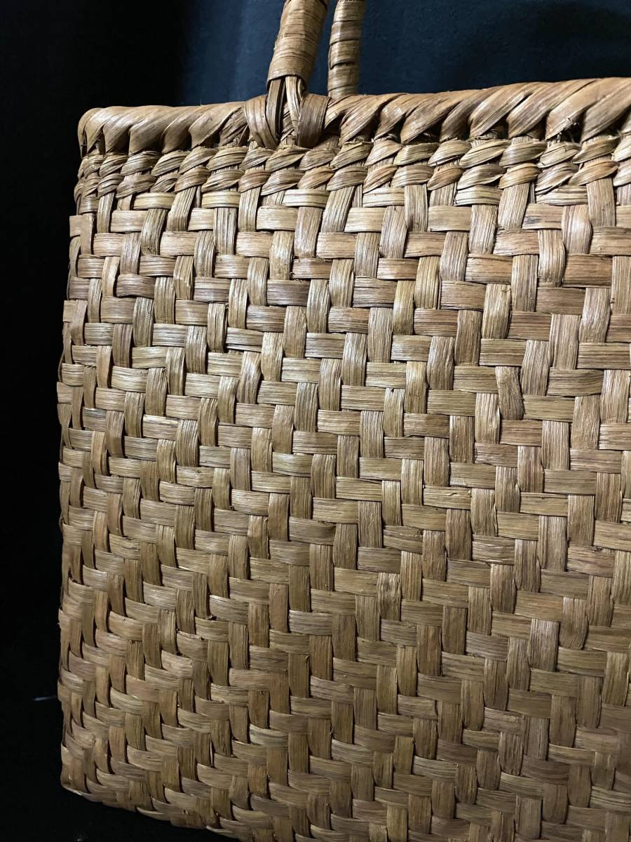 特価出品 国産蔓使用 サイズL 匠の技 職人手編み 網代編み 山葡萄籠バッグ_画像6
