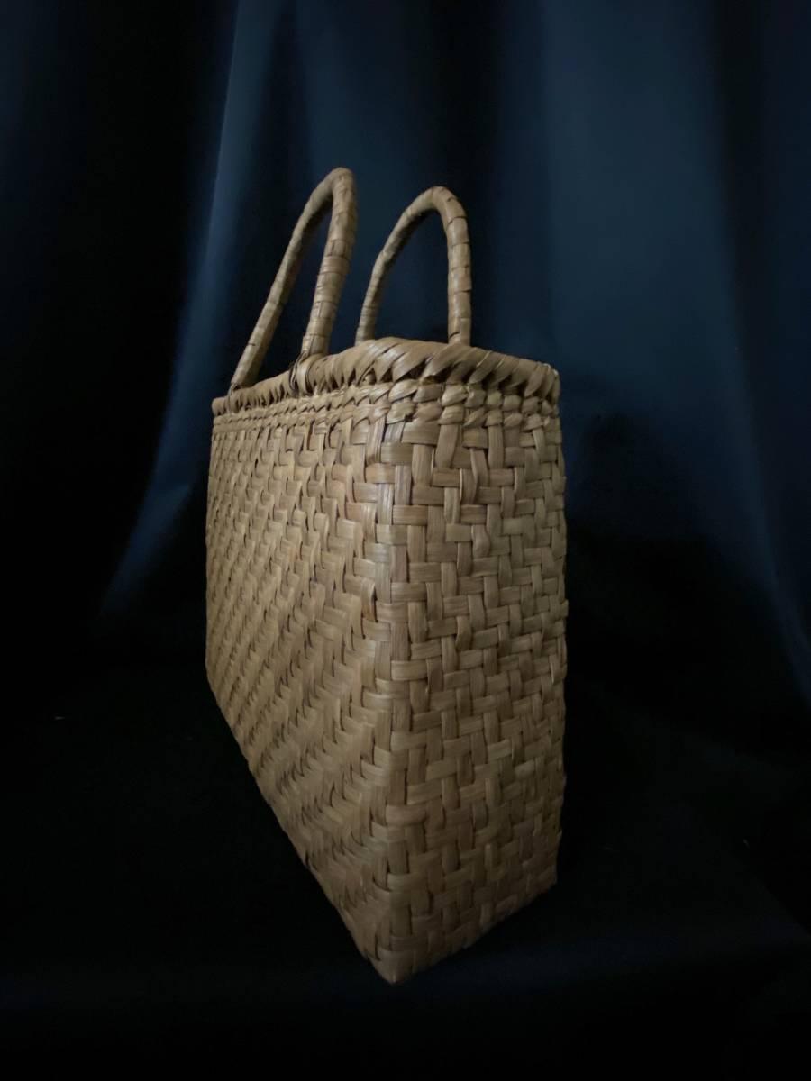 特価出品 国産蔓使用 サイズL 匠の技 職人手編み 網代編み 山葡萄籠バッグ_画像8