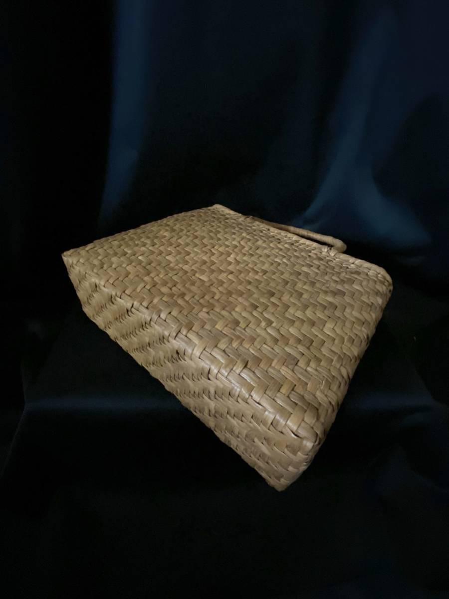 特価出品 国産蔓使用 サイズL 匠の技 職人手編み 網代編み 山葡萄籠バッグ_画像10