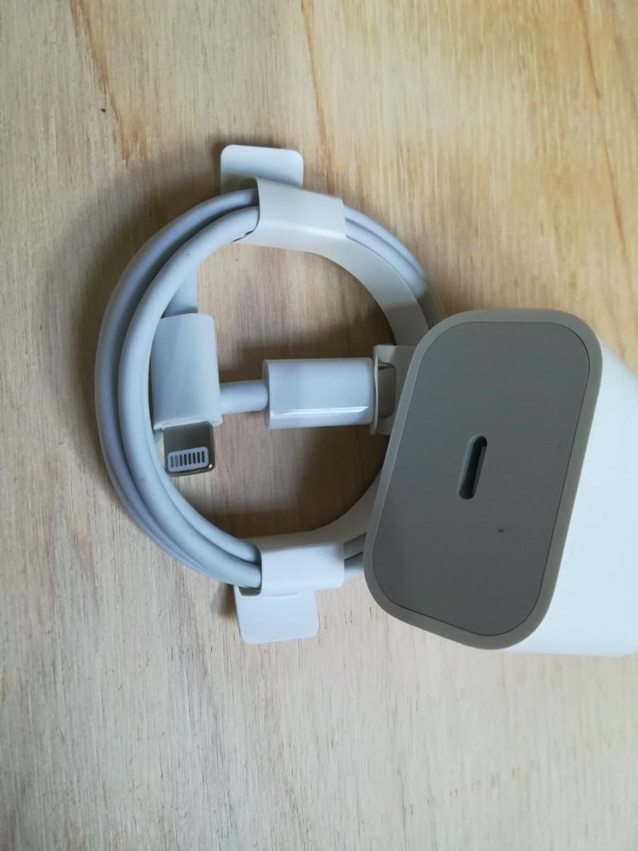 ライトニングケーブル Apple USB 充電ケーブル