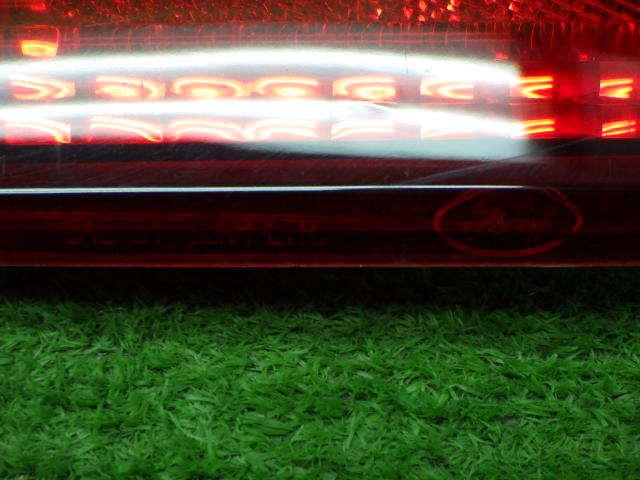 フォード 型式 年式不明 ナビゲーター 内 テールレンズ 左右セット 210326139_画像6
