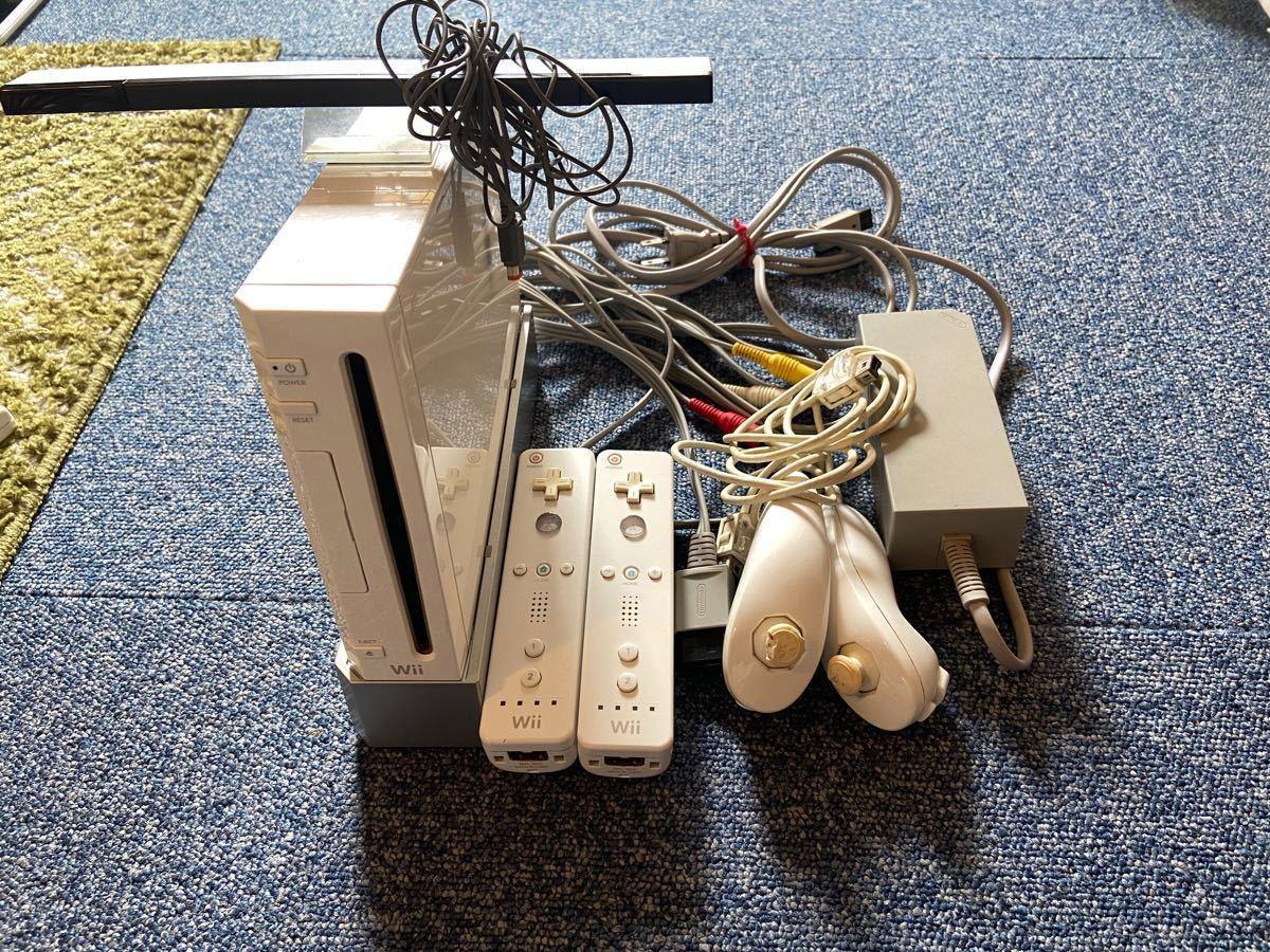 Wii本体 コントローラー多数 ソフト13本 おまけWii専用レンズクリーナーセット