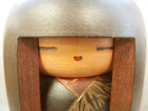 0310139s【関口三作 『童女』 創作こけし】置物/H16cm/箱入り/中古品_画像3