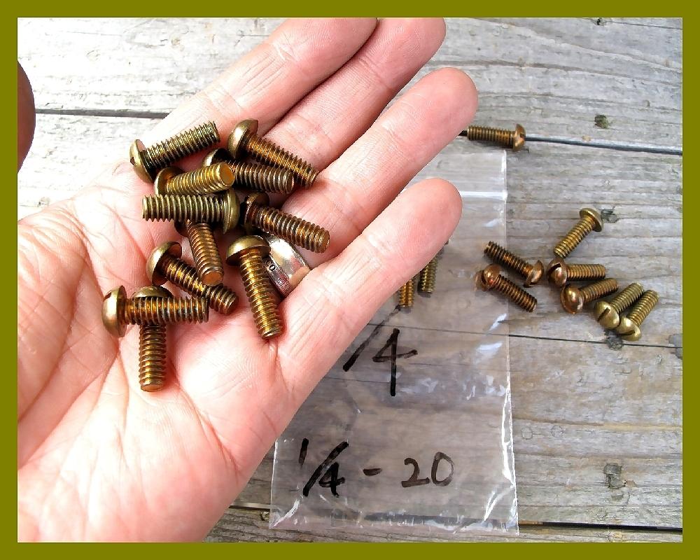 【M】USA UNC インチネジ 真鍮ブラス 太さ1/4山数20長さ3/4 5本 直径6.35mm アメリカ ハーレー マイナス ラウンドヘッド _画像4