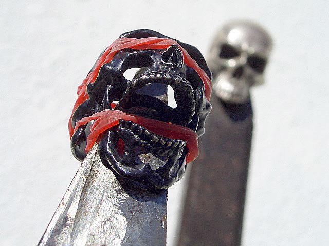 卍Silver 925 Sterling silver 925 3D skeleton VINTAGE 個性的な怪しい骸骨 髑髏 バイカー野郎&ヘビメタ ロッカーに捧げるスカルリング_画像2