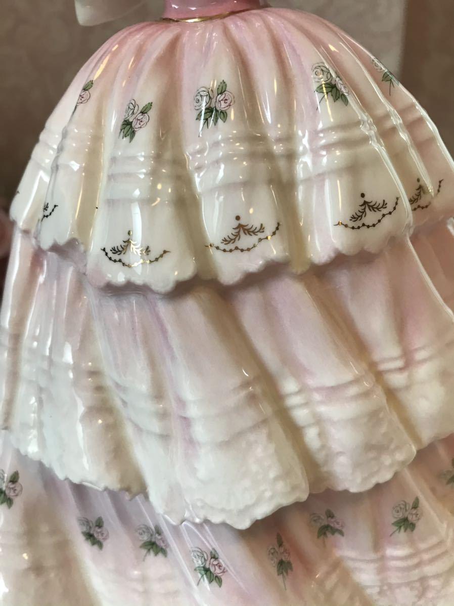 〈送料込〉〈限定品〉ロイヤルドルトン レディ フィギュリン Royal Doulton 陶器人形 フィギュア ドレス リボン 貴婦人 舞踏会 置物 ローズ_画像7