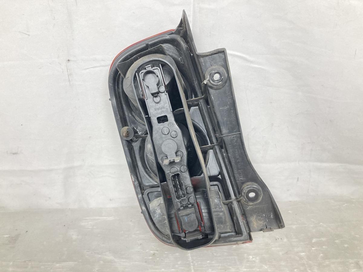 日産 マーチ K12 純正 リアコンビネーションランプ テールライト 右 中古 NISSAN_画像4