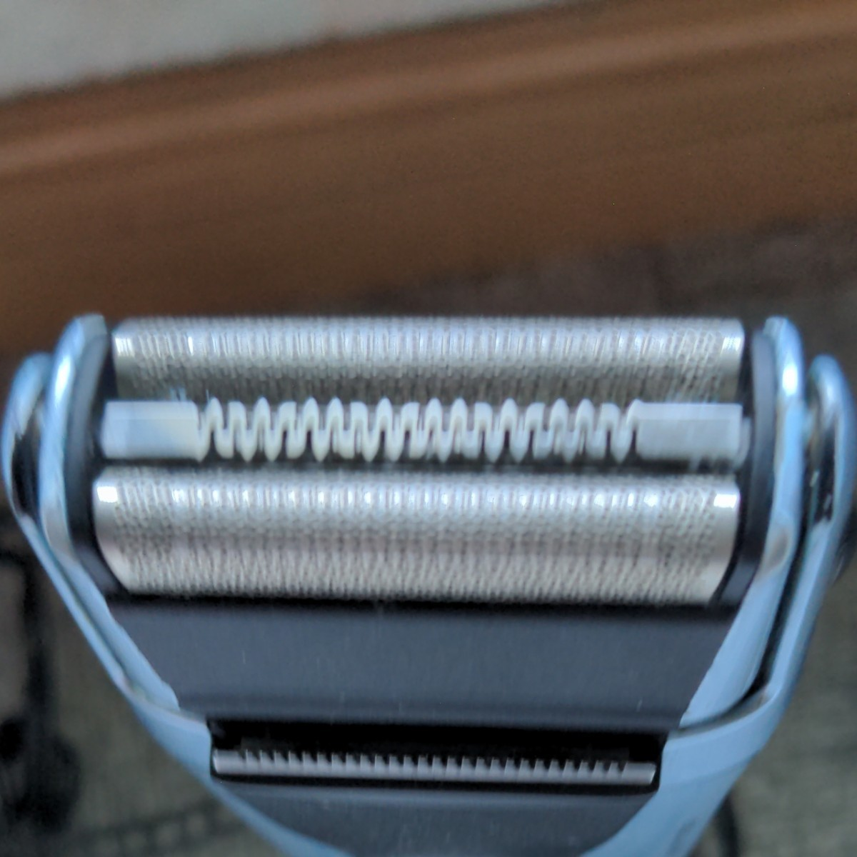 BRAUN メンズシェーバー 充電式