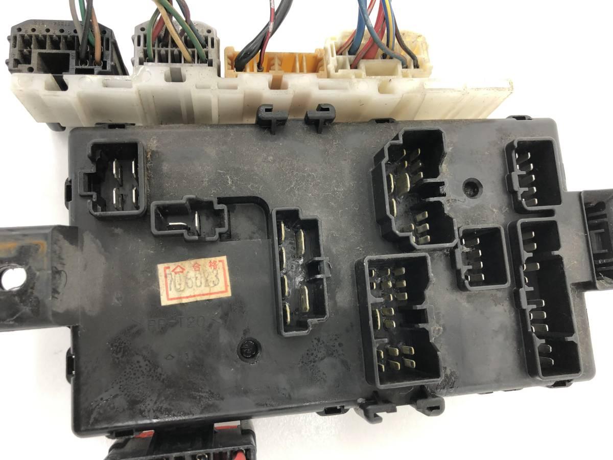 _b56627 ダイハツ MAX RS マックス LA-L952S ヒューズボックス 室内側_画像5