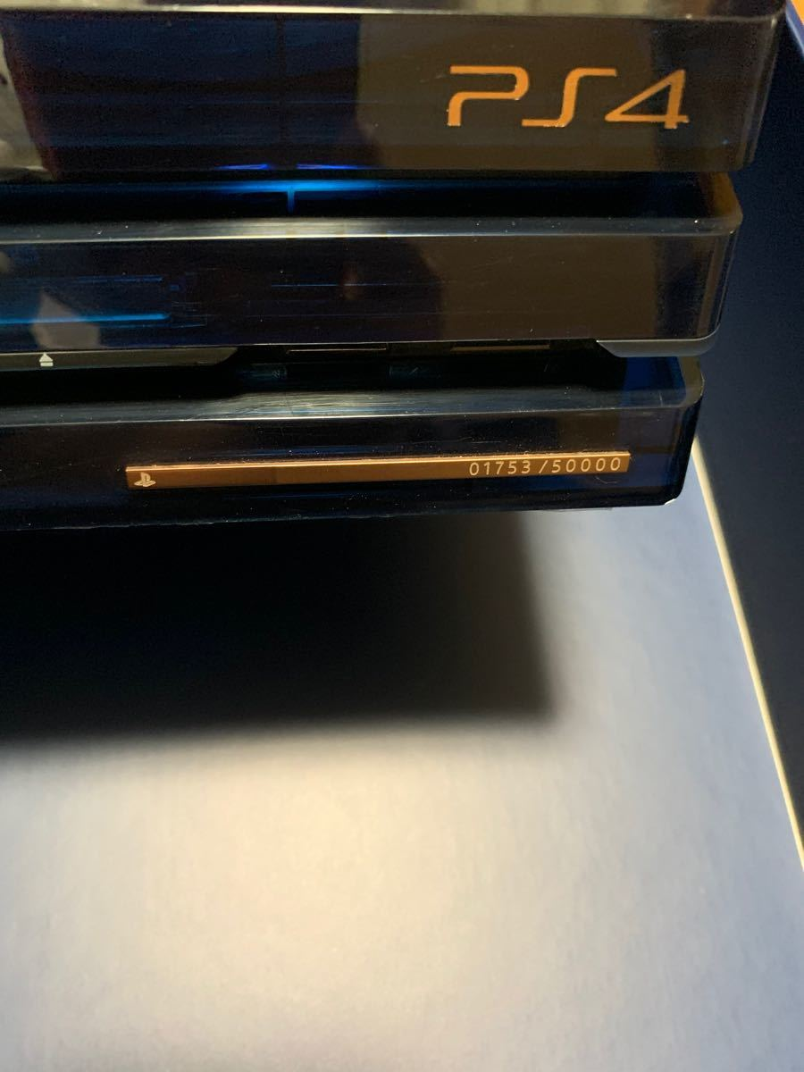中古 PlayStation 4 Pro 500 Million Limited Edition