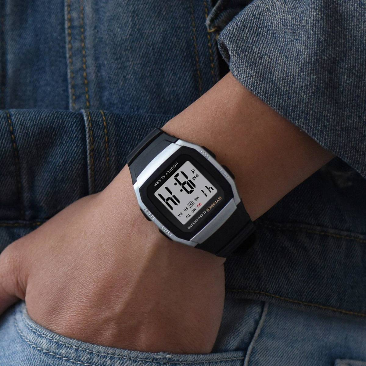 ●1円スタート ★メンズ腕時計 スポーツ腕時計 防水 ストップウォッチ機能 227_画像5