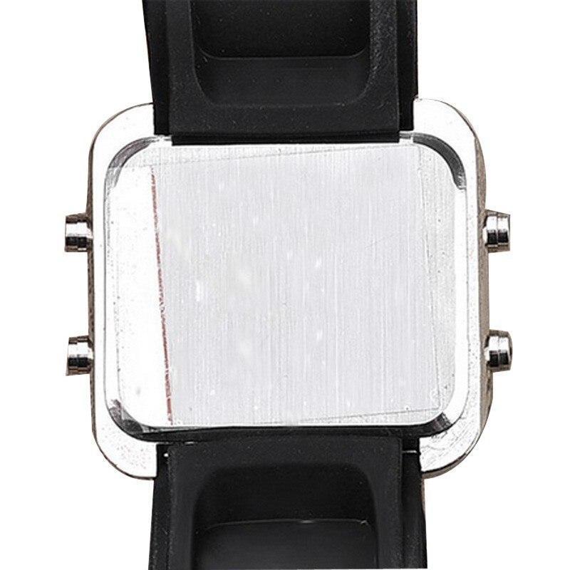 ★1円スタート ★メンズ腕時計 LED デジタル腕時計 スポーツ腕時計 防水 228_画像5