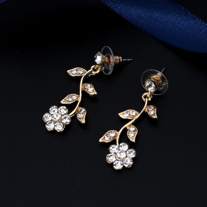 YY0059 古典的なブライダルジュエリーセット 女性のためのドレスアクセサリー ネックレスイヤリングセットゴールド色のウェディングドレス_画像6