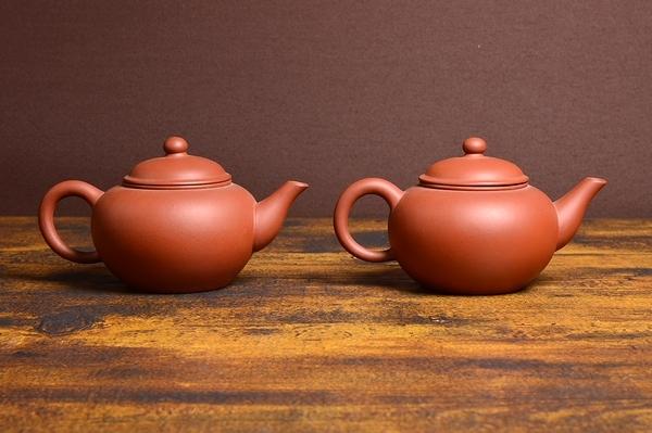 中国宜興 朱泥急須一対 大振り 煎茶道具 紫砂壷