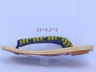 婦人 雪駄 竹表 8寸  波柄_モニターにより見え方が違います