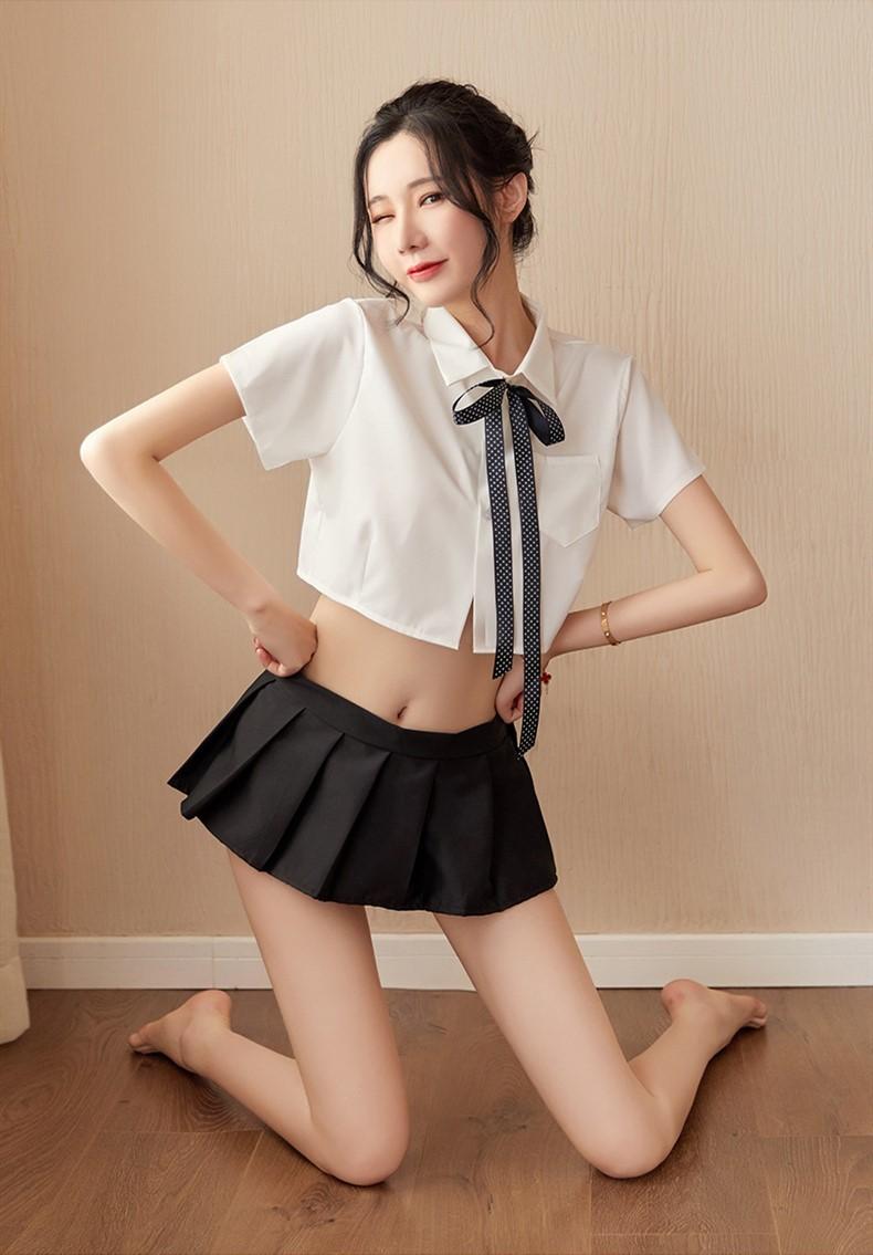 超セクシー 可愛い 学生服 セーラー服風 トップス+ミニスカート 3点セット コスプレ衣装 RT86/M_画像8