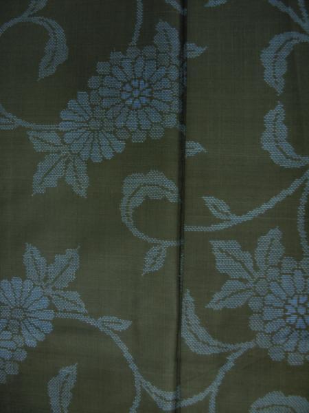 新品 0091 お仕立て上がり 特選『本場大島紬』旗印 純泥染 黒/藍色 _画像4