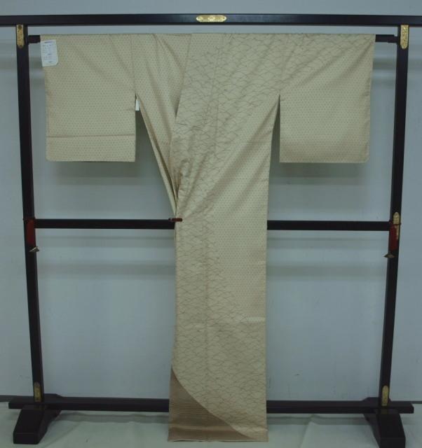 新品 1531 特選 大島紬『二代目 川村久太郎』お仕立て上がり訪問着 蒸栗色系 つゆ芝_画像4