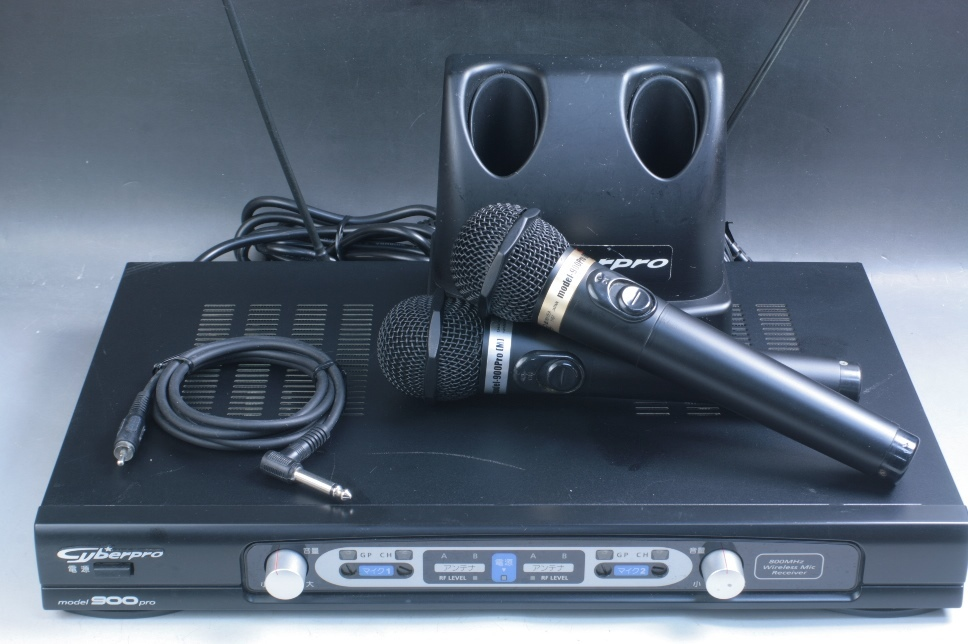★☆【USED】 第一興商 900pro 電波式ワイヤレスマイク一式 ②☆★_画像1