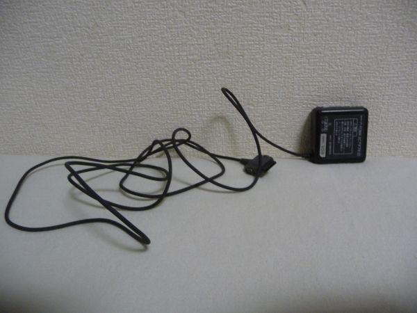 NTTドコモ FOMA ACアダプタ 02 DOCOMO ★ 携帯電話 ガラケー ◆ 1個_画像1