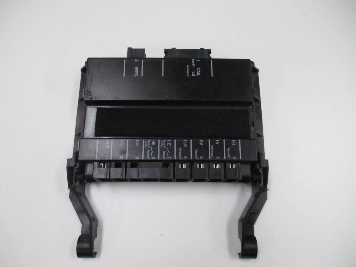 シートコントロールユニット 運転席 A211-820-40-85 動作確認OK メルセデスベンツ Eクラス W211 千葉発 直接引取OK_画像1