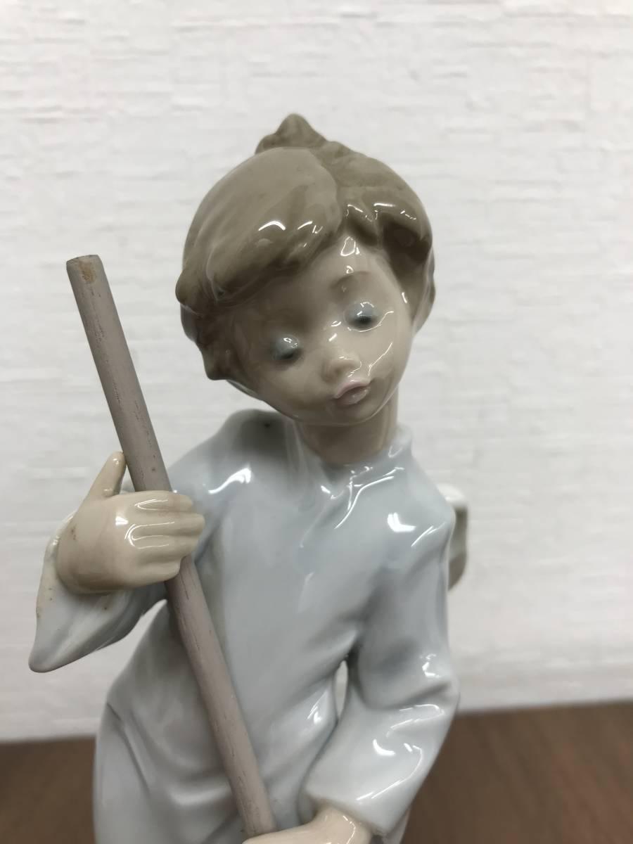 M864 リヤドロ LLADRO フィギュリン 可愛い天使(雲を払う)廃盤品 陶器人形 ビンテージ 置物 インテリア 陶磁器 高さ約17㎝_画像5