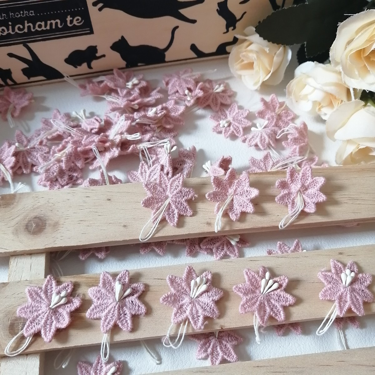 ハンドメイド ワッペン   綺麗なワッベン 手作り 花モチーフ 超大量 ピンク