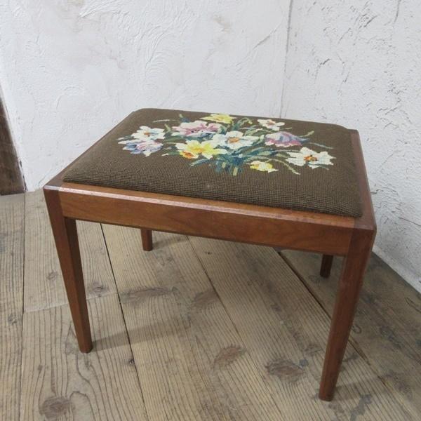 イギリス アンティーク 家具 スツール 椅子 チェア クロスステッチ 木製 英国 OTHERCHAIR 6808b_画像1