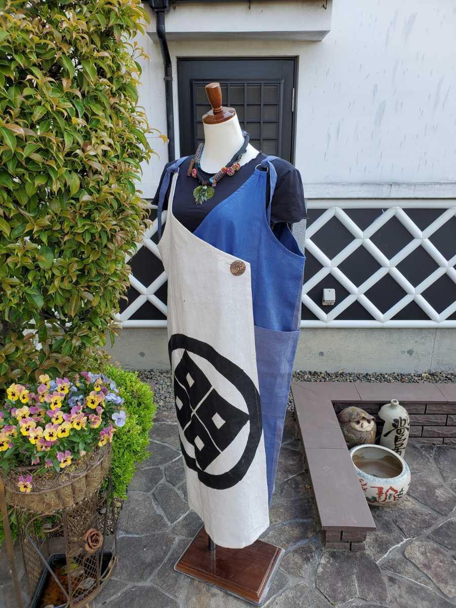 着物リメイク 古布 手作り 大きな紋 ジャンパースカート_画像3