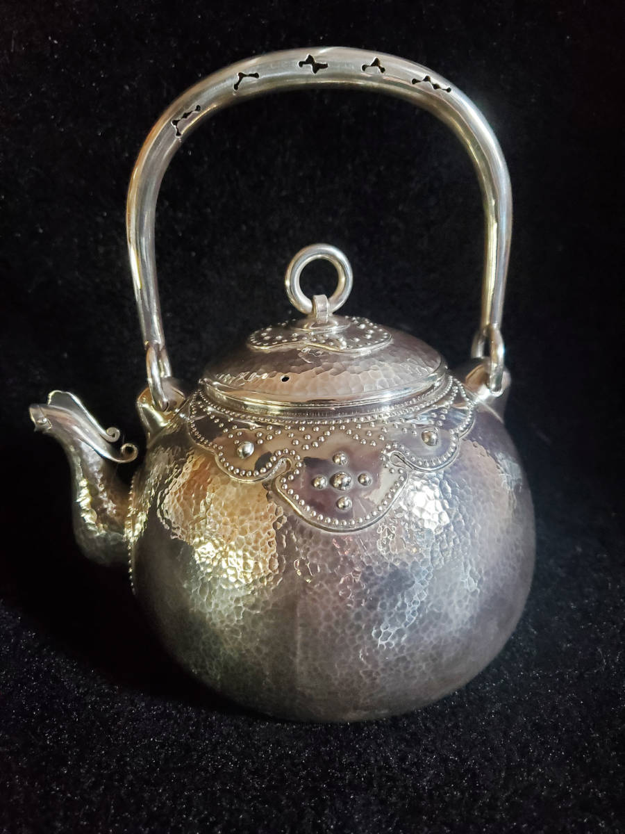 『純銀保証』金工師名 越昌晴造 鳳凰口湯沸 宝珠形 一塊打出 工芸品 銀瓶 煎茶道具