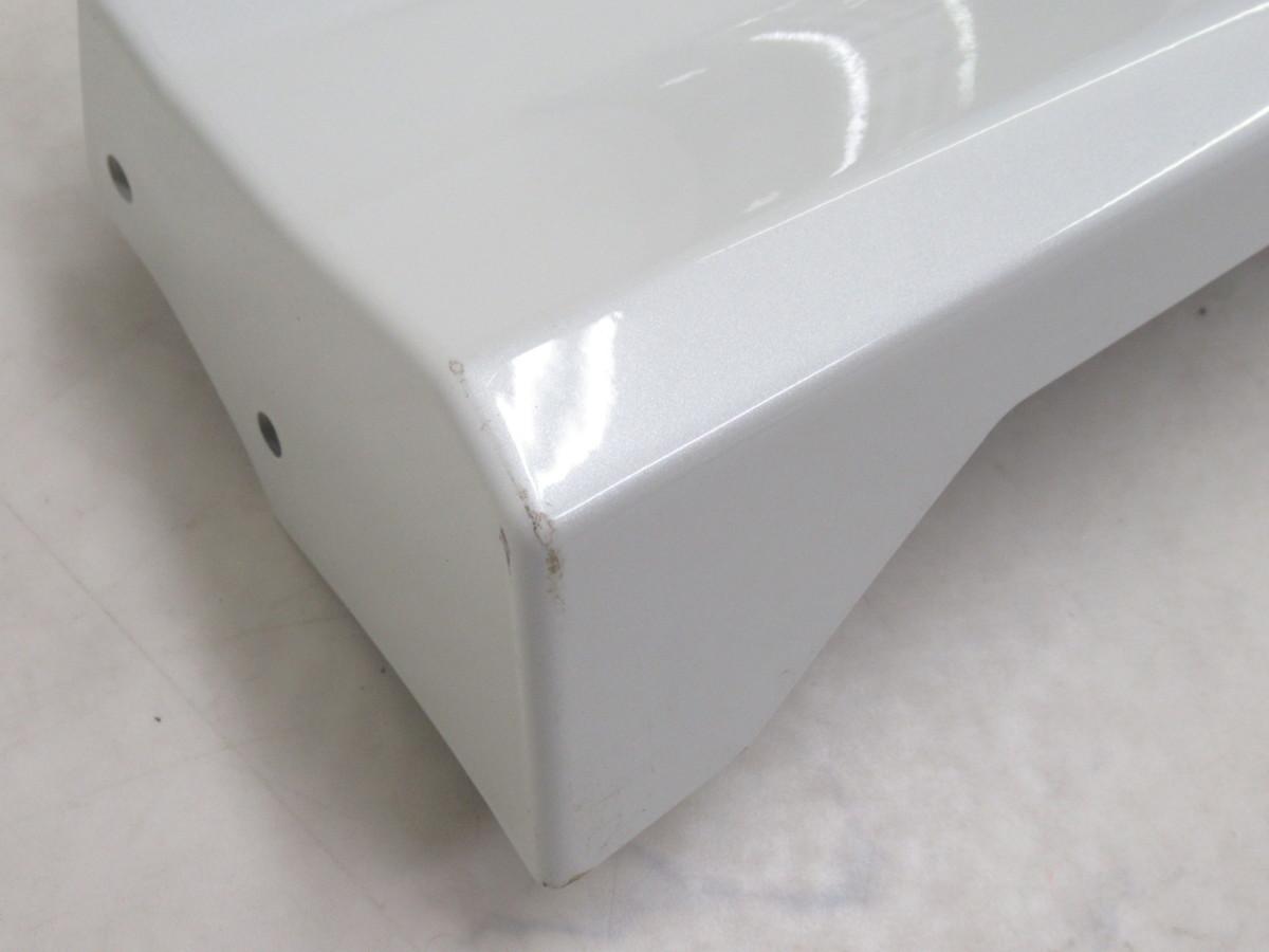 【21040968】トヨタC-HR(ZYX10/NGX50)用MODELLISTA(モデリスタ)エレガントアイススタイルサイドスカート(76911-795AR-A0)未装着品_画像8