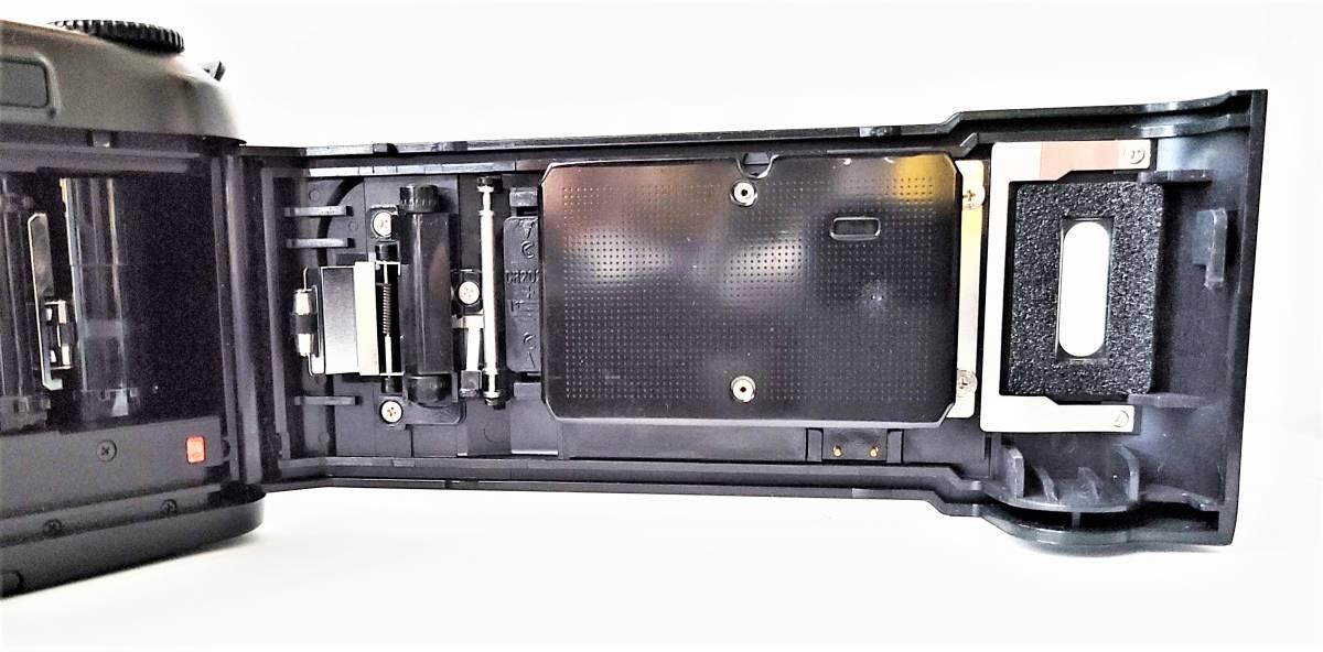 Nikon ニコン F-601 Quartz Date フィルムカメラ + Tamron タムロン 55-200mm f/4-5.6 レンズ 動作します_画像8