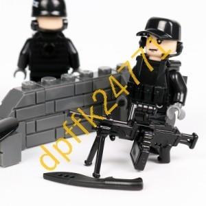 QA023:MOC LEGO レゴ ブロック 互換 SWAT 特殊部隊 アンチテロ部隊 カスタム ミニフィグ 6体セット 大量武器_画像6