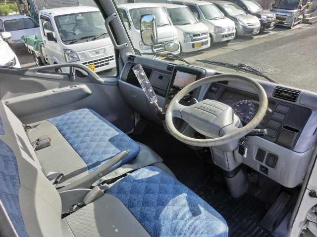 H17三菱キャンターガッツ1.25tWキャブ全低床4ナンバーターボ付12V2WD(白)(489)(02-22)_画像6