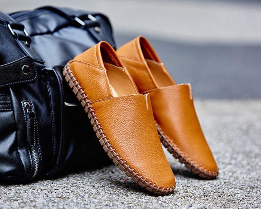 春新品カジュアルシューズ 新品 スリッポン メンズ ローファー ドライビング 紳士靴 滑り止め 柔らかい スリッパ 薄茶色 26.5cm_画像1