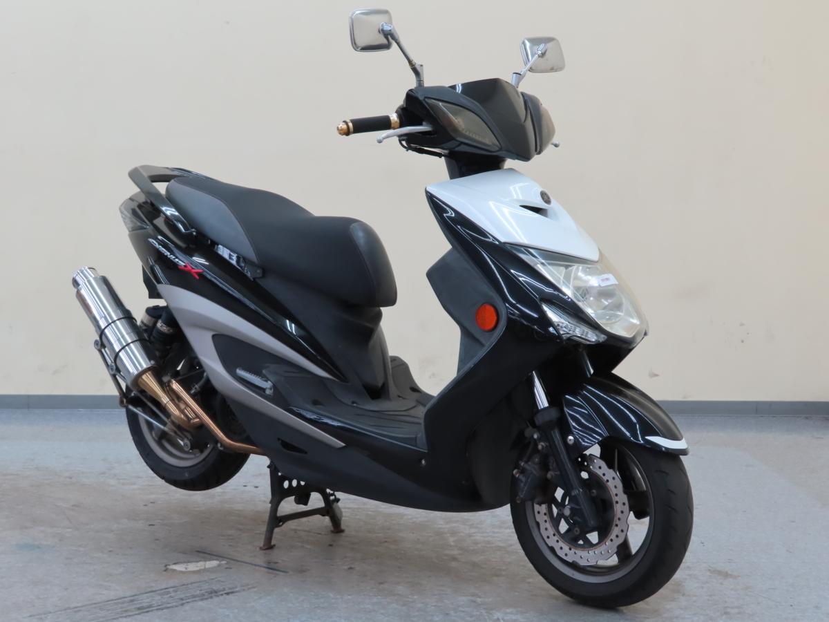 「ヤマハ シグナスX 【動画有】ローン可 SE44J オイル交換済 新品ヘルメット付 カスタム車 125cc 原付2種 通勤用 通学用 YAMAHA 売切り」の画像1