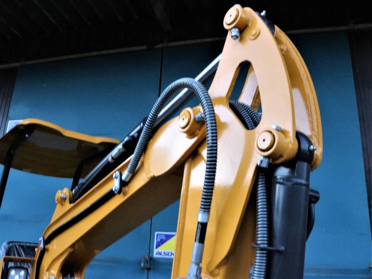 「ミニショベル 展示品 YE15T-2 ヤンマーディーゼル 3気筒 倍速 全国送料無料 ブレカー配管 35%オフ 家庭菜園 災害対策 ユンボ」の画像3