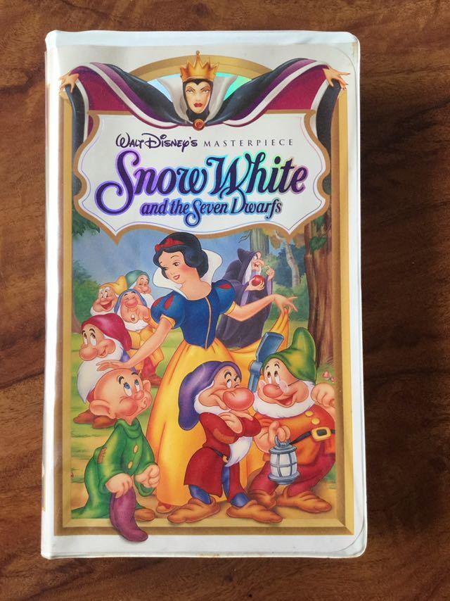 【VHSビデオテープ】「 白雪姫 スノー・ホワイト Snow White and the seven dwarfs 」 海外版