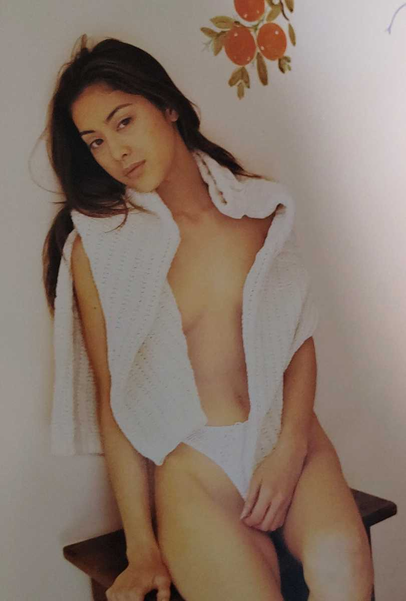 【帯付き】吉野公佳 写真集 /KIMIKA ♯美女 美乳 美尻 下着 グラビア 女優