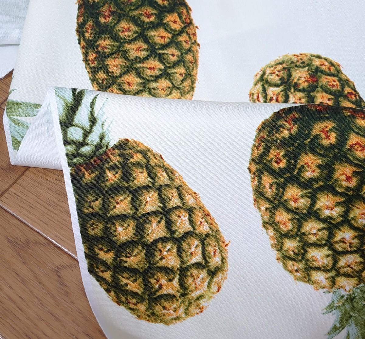 オックス生地  パイナップル 110×100cm パイン 柄