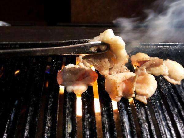 近江牛 ホルモン 小腸 1kg真空パック モツ 冷凍 焼肉 バーベキュー 鍋 卸 国産 和牛 ブランド_画像4