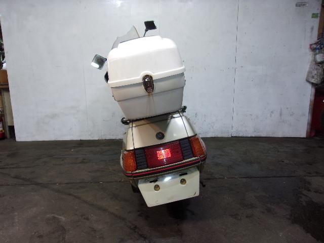 「ヤマハ YAMAHA シグナス180 CYGNUS180 書類有り 売り切り 未整備 現状車 エンジン始動確認 180cc」の画像2