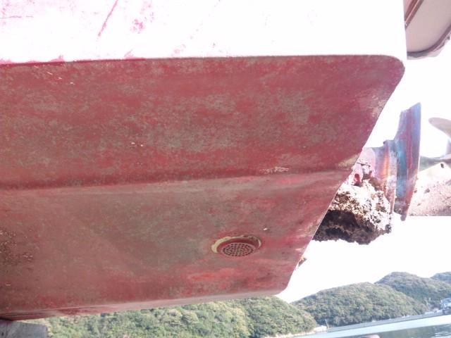 船底塗料リピーター続出 20k 残りわずか15_1年ほど係留後 海から上げた直後