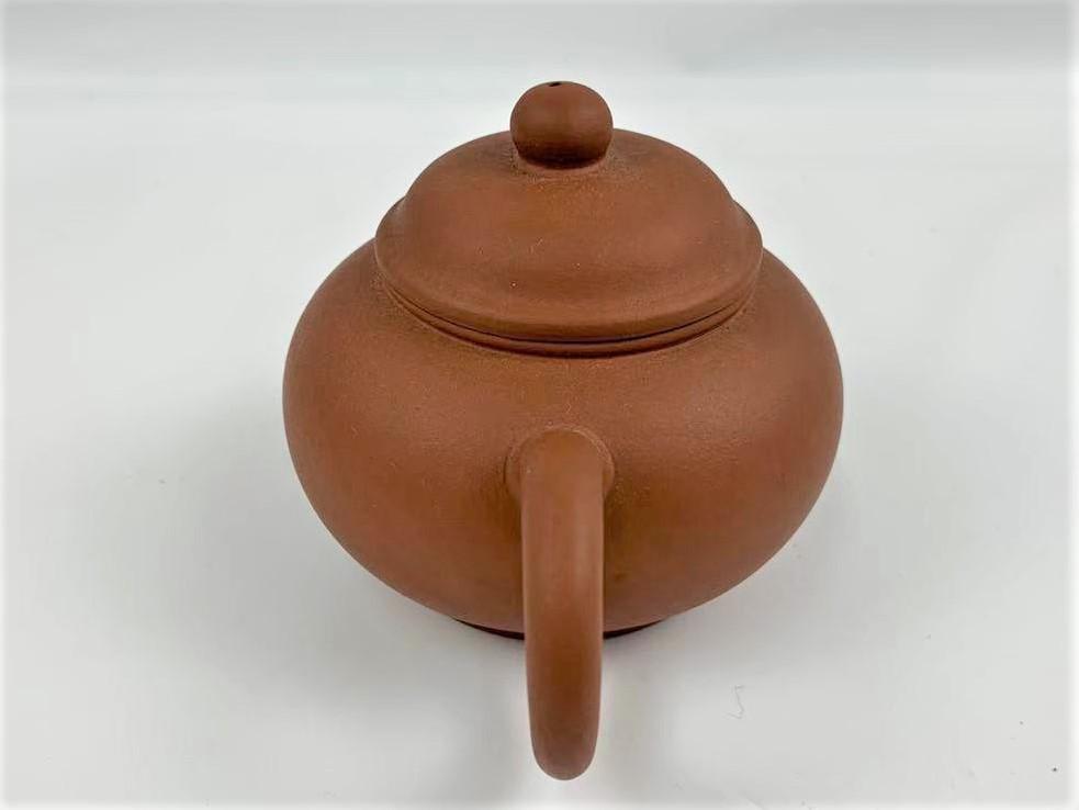 Z11中国宜興 朱泥 急須 紫砂壺 茶器 湯沸 中国美術 中国古玩 唐物煎茶道具 H:7cm Φ:5.5cm_画像2