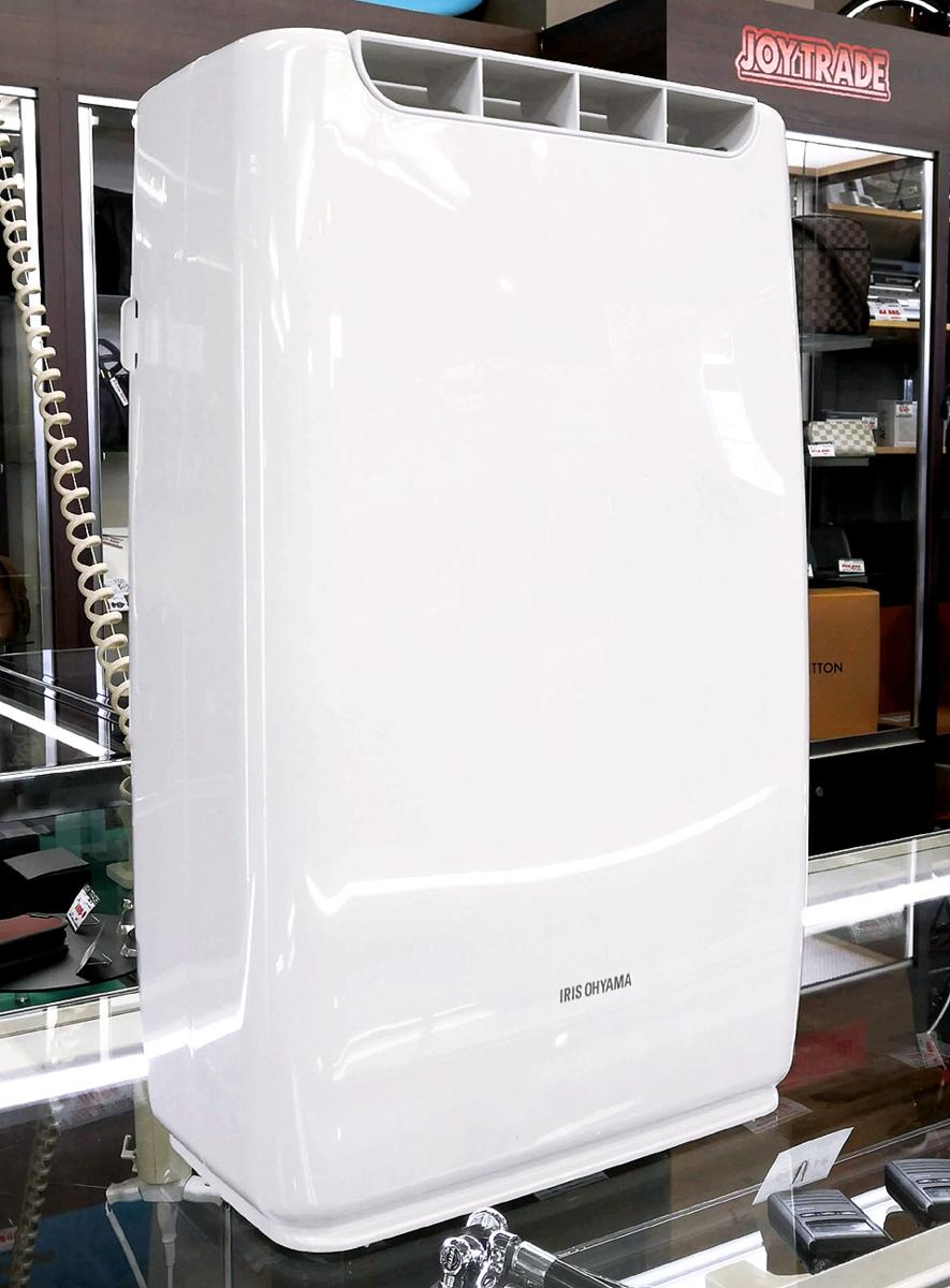 良品 IRIS OHYAMA/アイリスオーヤマ デシカント式 衣類乾燥除湿機 RDA-2000 2017年製 木造3畳/鉄筋5畳 2.0Lタンク/静音設計_画像1