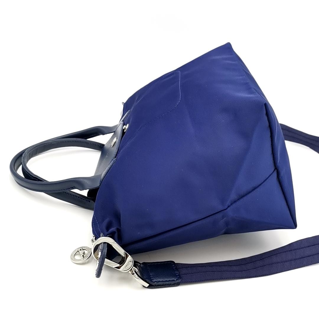 送料無料 超美品 ロンシャン LONGCHAMP ハンドバッグ トートバッグ ショルダーバッグ 鞄 2WAY ル プリアージュ ナイロン 紺系 レディース_画像3