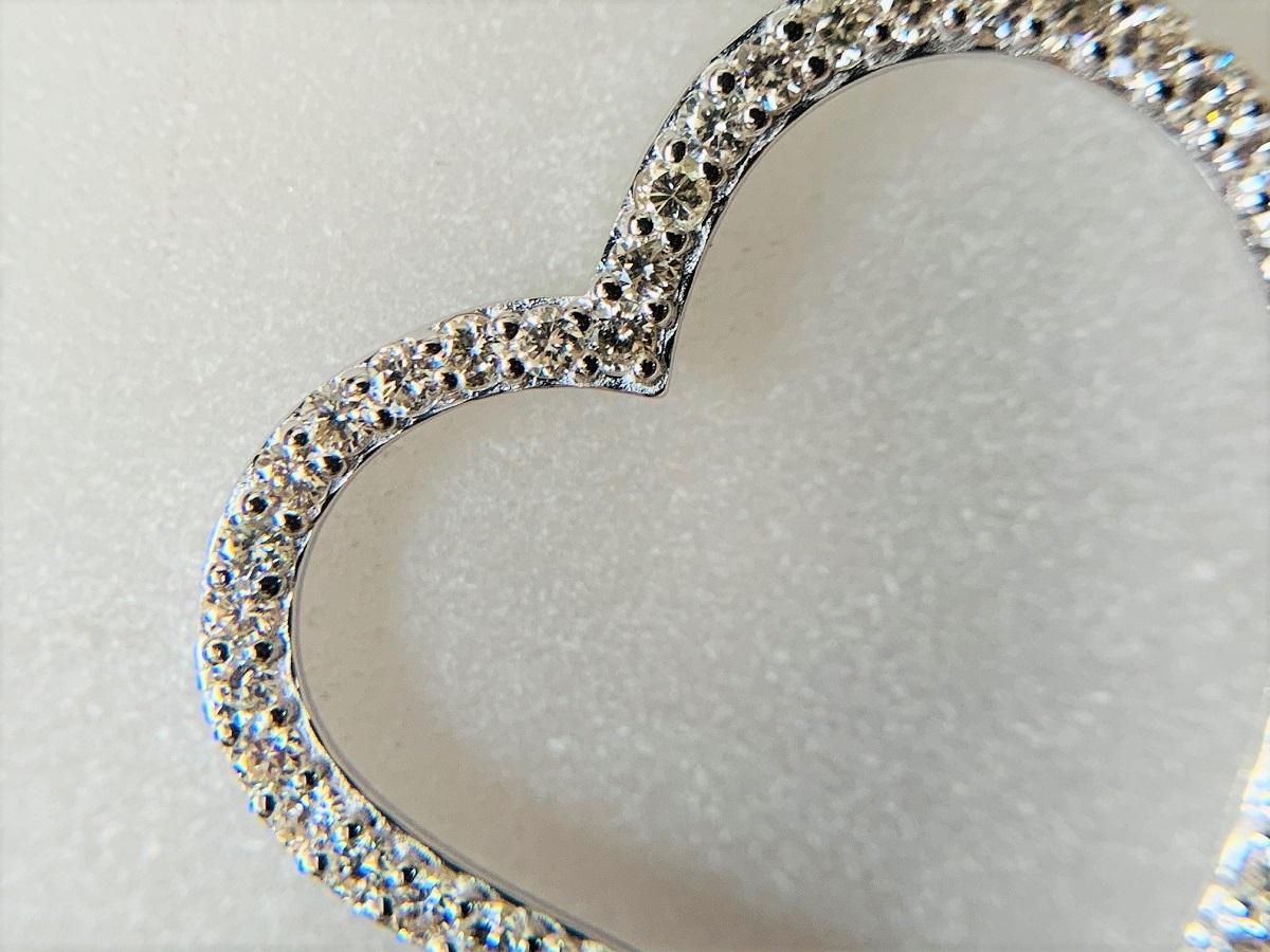 ☆税込☆<K18WG 7.0g>1.00ctダイヤモンドネックレス 大きなハート_画像9