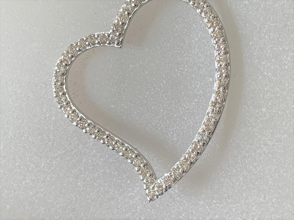 ☆税込☆<K18WG 7.0g>1.00ctダイヤモンドネックレス 大きなハート_画像3