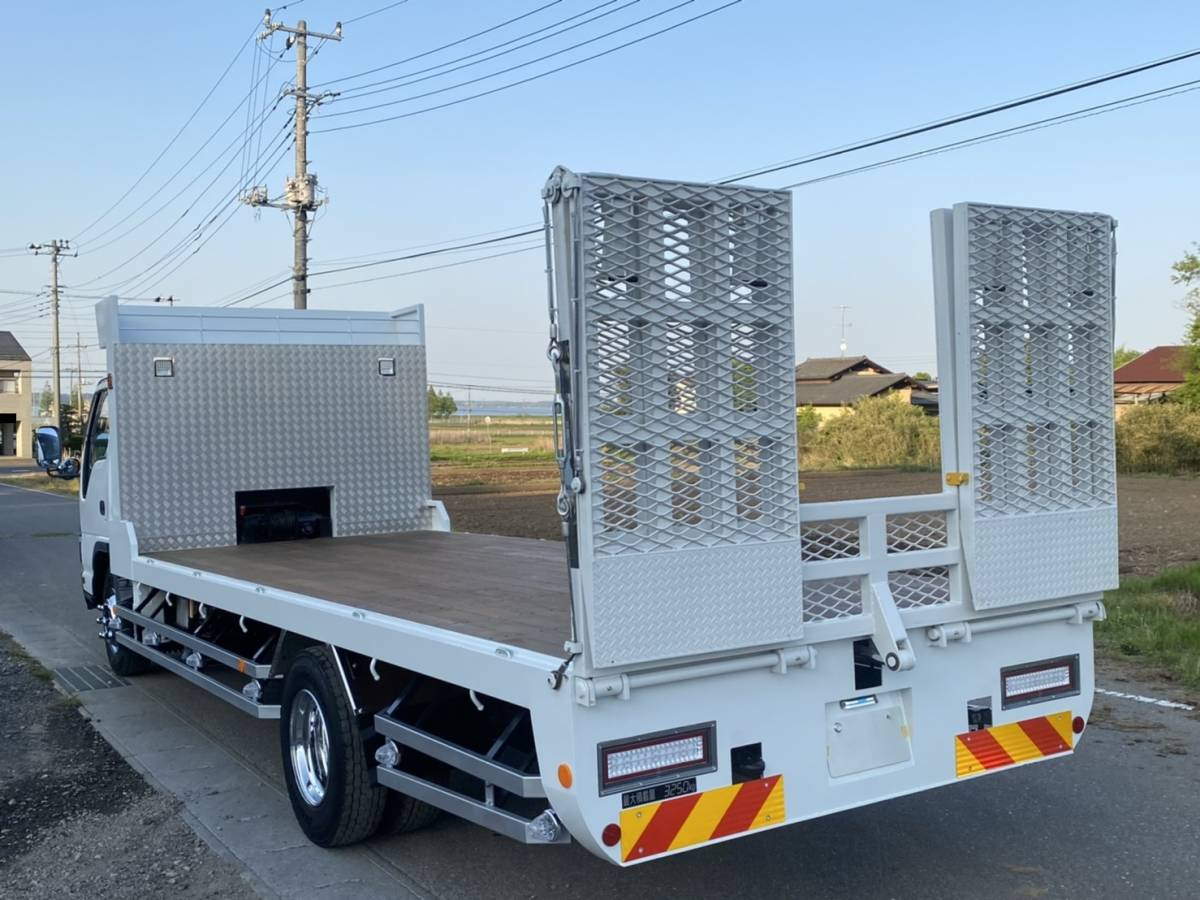 「【F-0008】いすゞ エルフ PA-NPR81N 高床 セルフローダー 最大積載量3250kg  全塗装済み 車検付 茨城県」の画像2